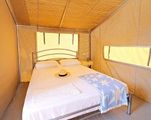 Sea Safari Tent B C Row 3 bedroom