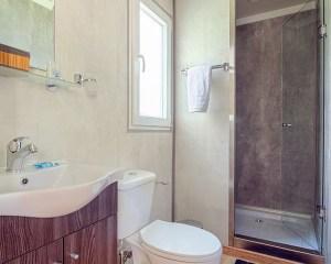 Armenistis Lux Mobile Home bathroom