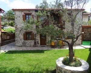 Nikitis Luxury Family Villa - exterior