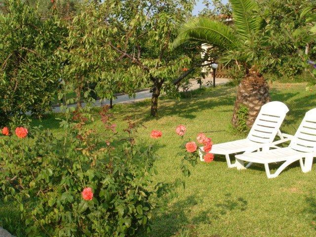 Villa Ioanna- garden