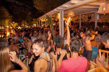 Hitting the Party in Sithonia | Visit Sithonia