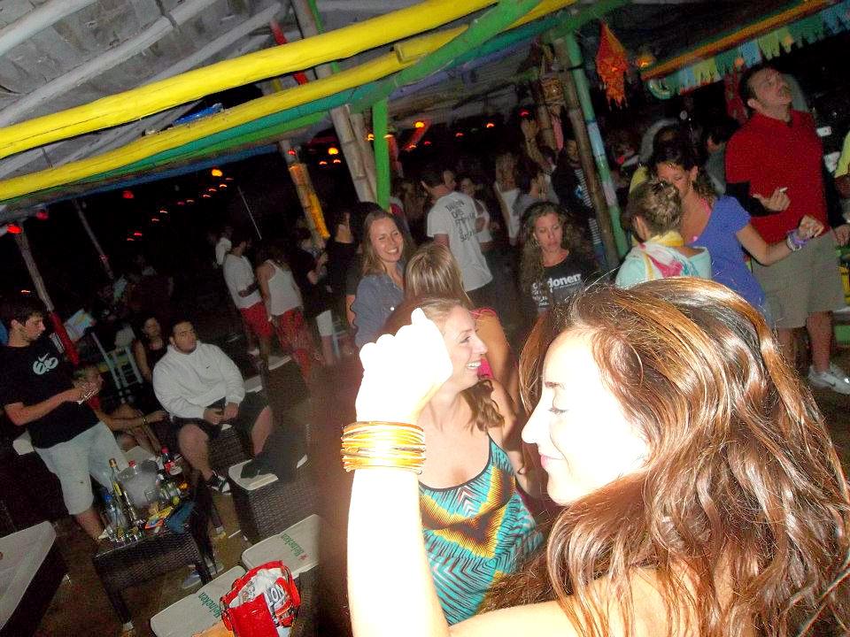 Ethnik Beach Bar
