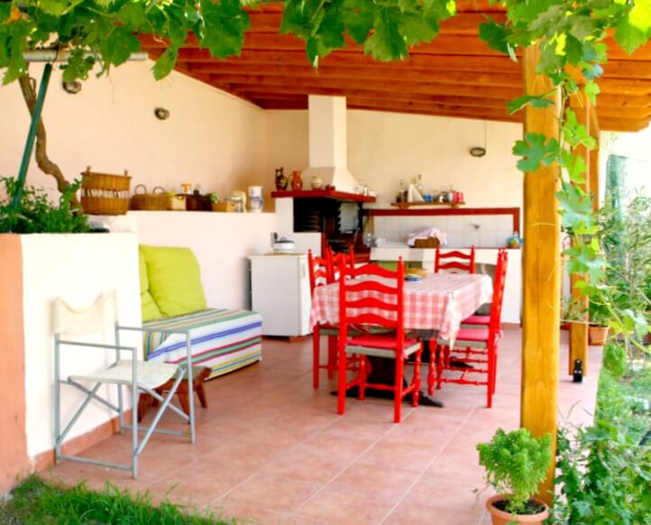Summer-House–Nikiti-terrace