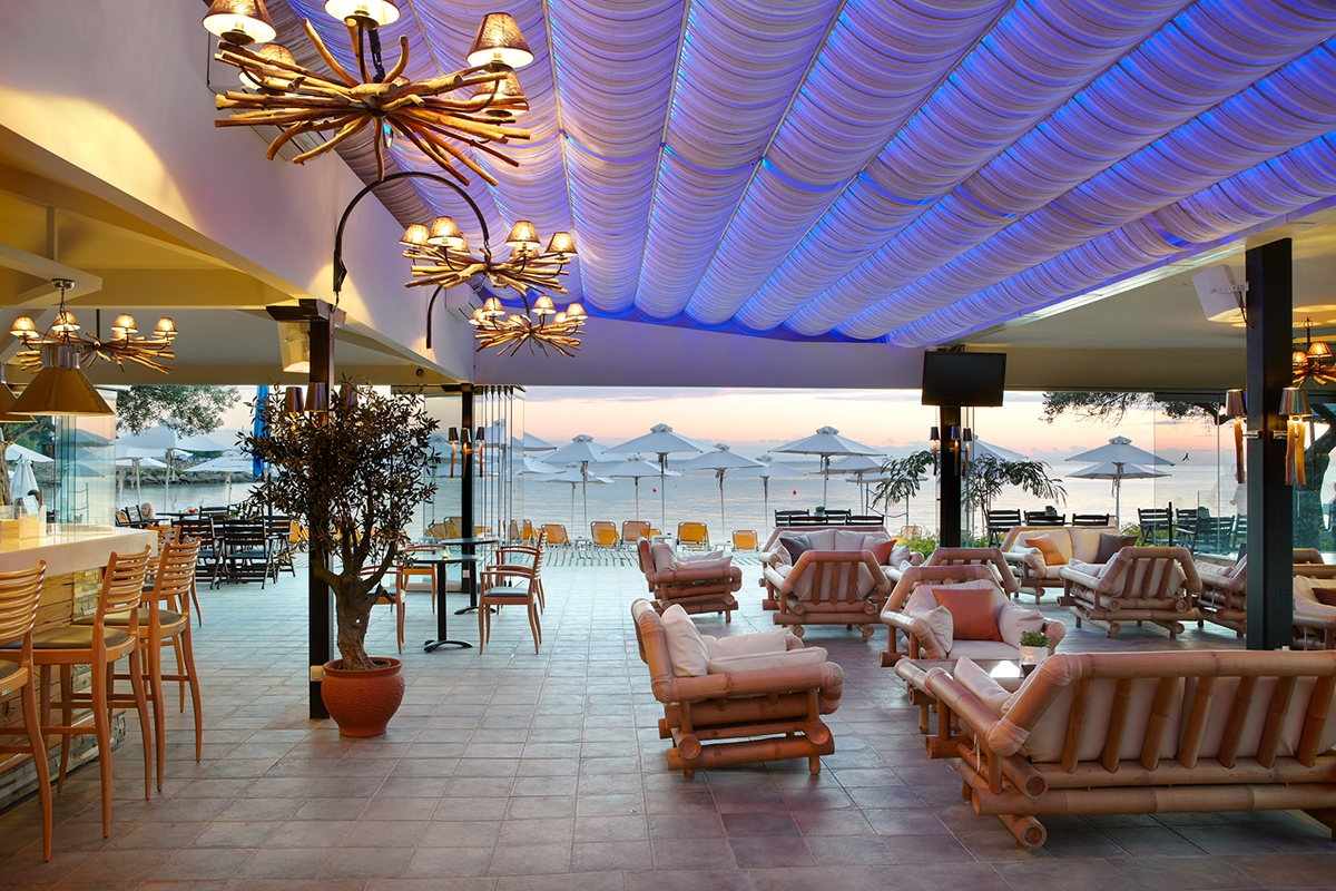 Anthemus Sea beach bar