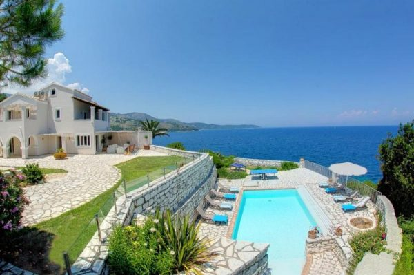 Hollywood celebrities with homes in Greece