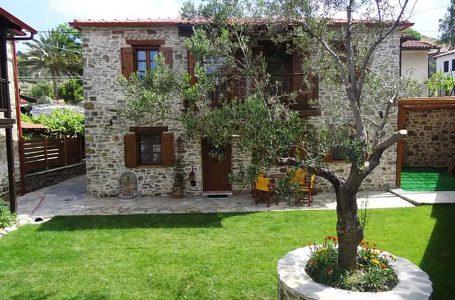 Nikitis Luxury Family Villa