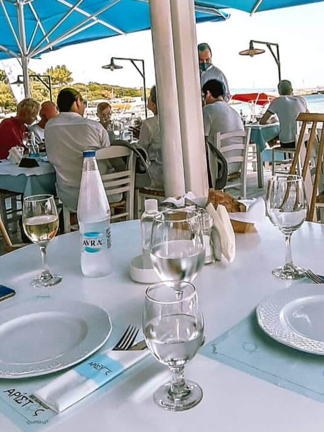 Aristos Restaurant lunch-table