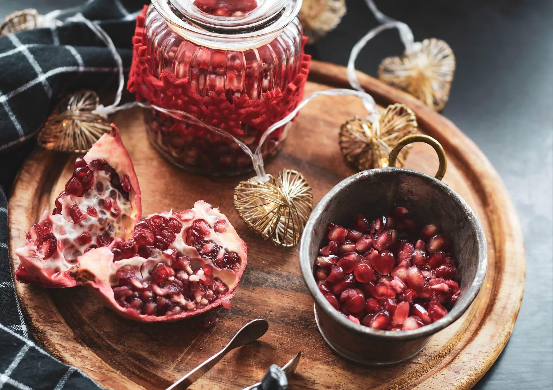 Break the pomegranate – Greek holiday tradition