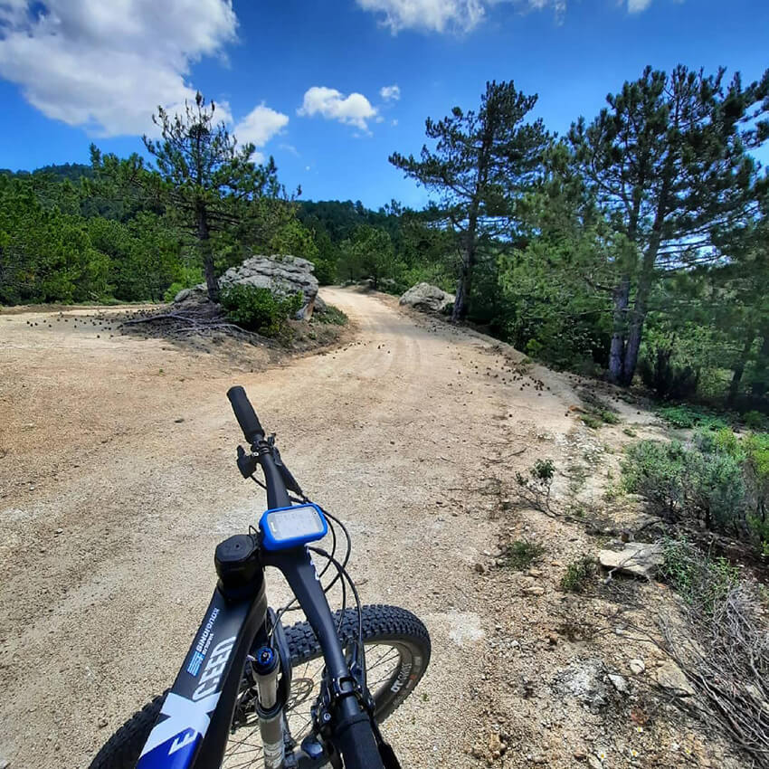 sithonia-greece-cycling-off-road